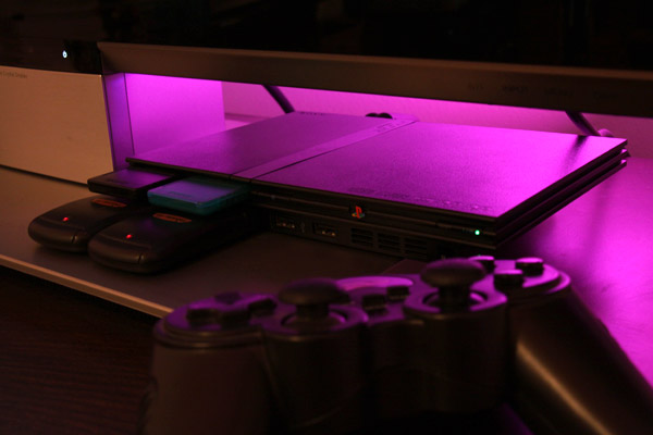 Продавам чипиран PS2
